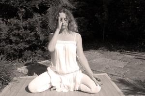 yoga kamiya 083bb